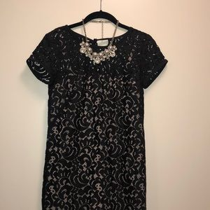 Short sleeve black lace dress